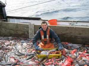7-observer-aboard-a-groudfish-vessel-photo-by-NOAA-via-blogs.edf_.org_-600x447